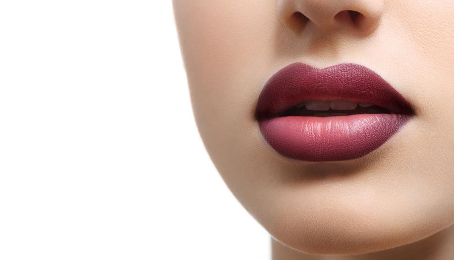 Permalip este un implant permanent din silicon solid destinat augmentării buzelor