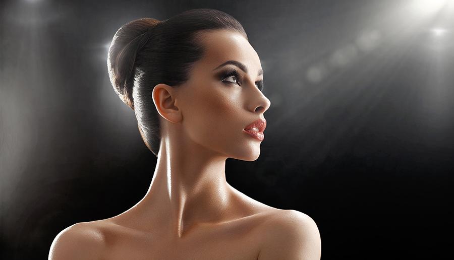 Rinoplastia sau rinocorecția este una dintre cele mai practicate intervenții de chirurgie estetică prin care se poate modifica mărimea nasului și se poate corecta forma acestuia