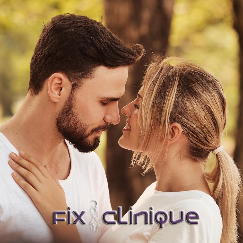 Pentru femei și pentru bărbați, buze mărite pentru totdeauna cu implanturi siliconice PermaLip® în doar 30 de minute